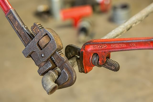 how to remove rust from your tools