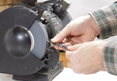 how to sharpen a drill bit on a bench grinder