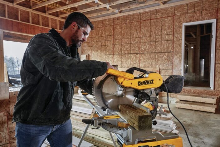 different types of miter saws