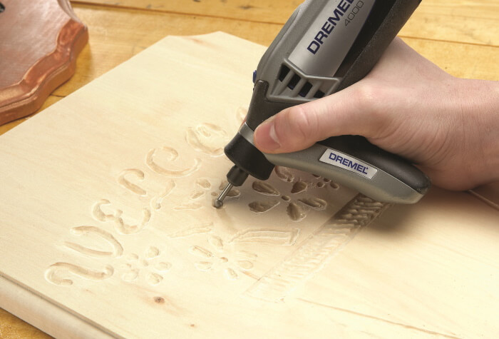 carving the design