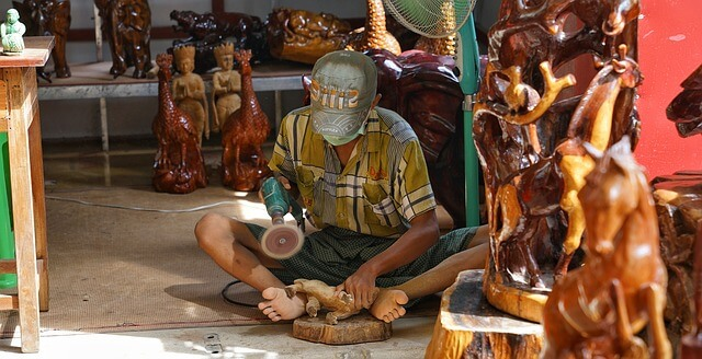 easy steps to make wood carved toys