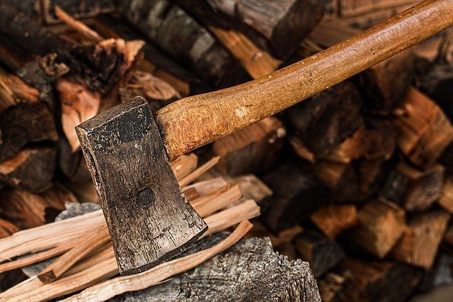 how to split wood with a hatchet
