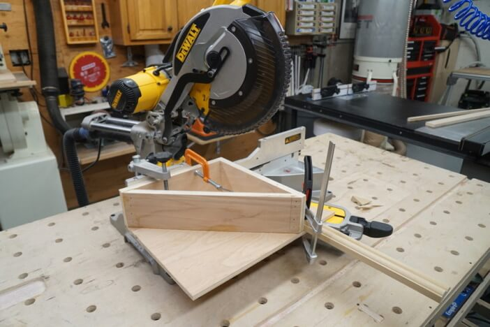 how to measure and cut angles for trim
