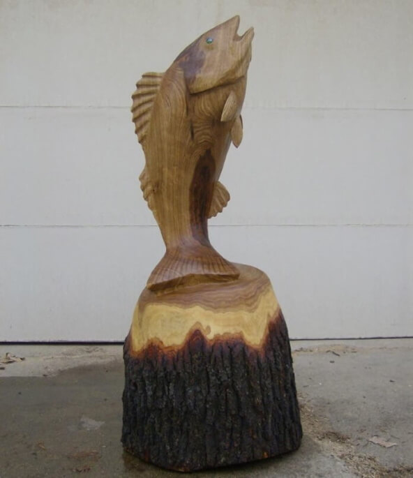 Fish chainsaw carving