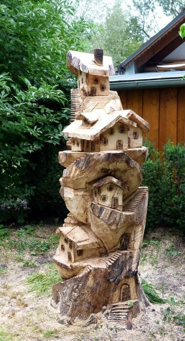 Native Home chainsaw carving